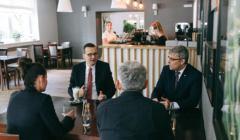 Premier Morawiecki w restauracji