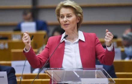 Ursula von der Leyen przemawia w Parlamencie Europejskim