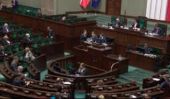 Koronawirus w polskim Sejmie - wicemarszałek Zgorzelski trafił na kwarantannę