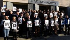 Protest w Sadzie Rejonowym w Olsztynie