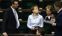 Jadwiga Emilewicz i Mateusz Morawiecki w Sejmie - debata, której tematem jest postojowe