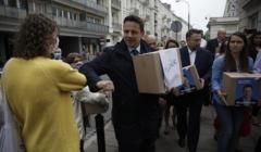 Zlozenie podpisów w PKW pod kandydatura Rafala Trzaskowskiego na prezydenta