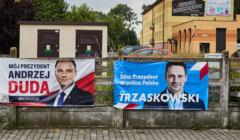 Plakaty wyborcze Andrzeja Dudy i Rafała Trzaskowskiego