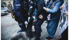 Protest pod Komendą Stołeczną Policji