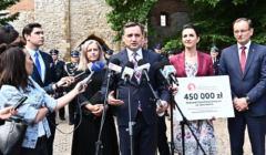 Zbigniew Ziobro (na zdjęciu) wyda 12 mln zł na Fundusz Sprawiedliwości