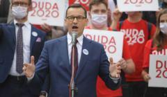 Morawiecki namawia seniorów do głosowania, a epidemia koronawirusa nie jest w odwrocie