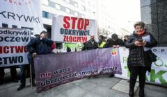 Protest w Warszawie przeciw odkrywkowej kopalni wegla w Zloczewie