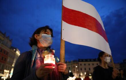 Białoruś strajki - zdjęcie z demonstracji solidarnościowej