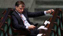 Zbigniew Ziobro chce mocniej kontrolować organizacje pozarządowe ziobro
