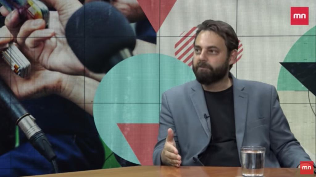 Piotr Bernatowicz udziela wywiadu Mediom Narodowym