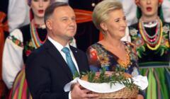 Andrzej Duda z żoną na dożynkach prezydenckich