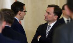 Zbigniew Ziobro podczas rozmowy z premierem Mateuszem Morawieckim