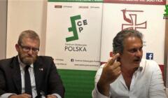 Neofaszysta Robert Fiore z Grzegorzem Braunem na spotkaniu w centrum Warszawy