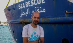 Imigranci są ratowani m.in. przez Daniela z organizacji Sea Watch