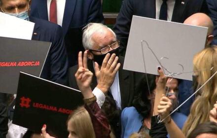 posłanki Lewicy i Koalicji Obywatelskiej twarzą w twarz z Jarosławem Kaczyński, Sejm, 27 października 2020