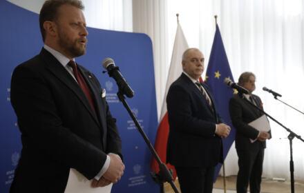 Szumowski, Sasin i Pinkas na konferencji prasowej