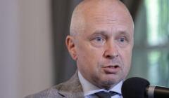 Jacek Dubois podczzas konferencji prasowej