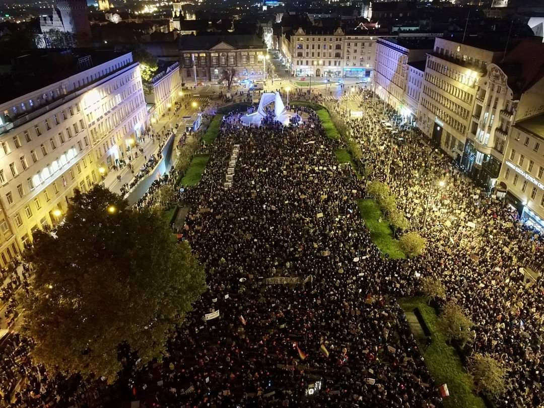 https://oko.press/images/2020/10/poznan.jpg
