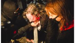 18 listopada, policja uzyła gazu i pałek wobec pokojowej demonstracji na pl. Powstańców