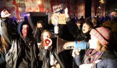 Jakie emocje budzi Strajk Kobiet? Pokazuje to sondaż OKO.press