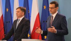 Zbigniew Ziobro i Mateusz Morawiecki na konferencji prasowej