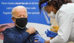 Joe Biden otrzymuje szczepionkę na COVID-19