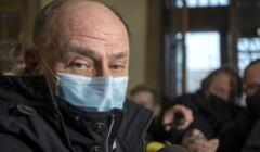Bogusław Hutek w maseczce antywirusowej