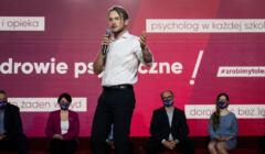 Zdjęcie z konwencji Lewicy, którą skrytykował Mentzen