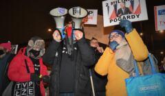 Protest w solidarności z mediami pod siedzibą TVP, 10.02.2021