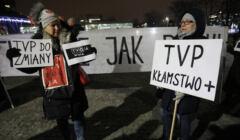21.01.2019 Warszawa , ulica Woronicza 17 . Siedziba Telewizji Polskiej . Pikieta pod haslem : TVoja wina - solidarni z Gdanskiem .