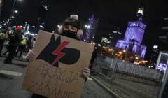 protest kobiet na rondzie Dmowskiego