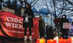 Ciocia Wienia w Austrii na proteście solidarności z Polkami po zakazie aborcji