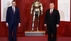 Mateusz Morawiecki, zbroja rycerza i Victor Orban