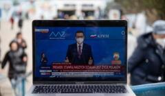 Premier Morawiecki ogłasza nowe obostrzenia ws. epidemii