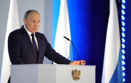 Putin przemawia