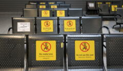 lotnisko Pyrzowice pusta poczekalnia z powodu pandemii