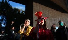 Protest i otwarcie Miesiaca Fotografii w Krakowie