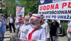 Protest pielęgniarek pod Sejmem