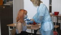 szczepienia nastolatków w V LO we Wrocławiu