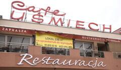 Szyld restauracji Cafe Uśmiech