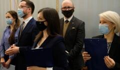 Konferencja prasowa '' Tak dla rodziny , nie dla gender '' w Sejmie - na zdjęciu członkowie Ordo Iuris