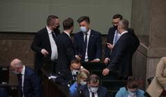 Członkowie rządu PiS podczas posiedzenia sejmu