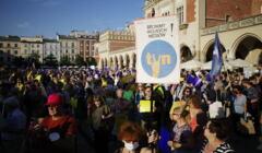 Protest przeciw Lex TVN w Krakowie