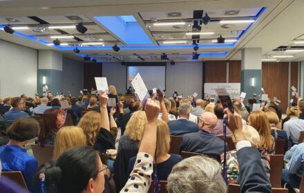 Sędziowie głosują jubileuszową uchwałe