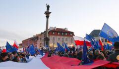Zostajemy w UE. Demonstracja w Warszawie
