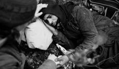 Uchodźca przy granicy Polski z Białorusią