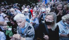 Warszawa, 10.08.2021. Protest przeciw lex TVN pod Sejmem